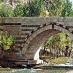 Hoşap Köprüsü