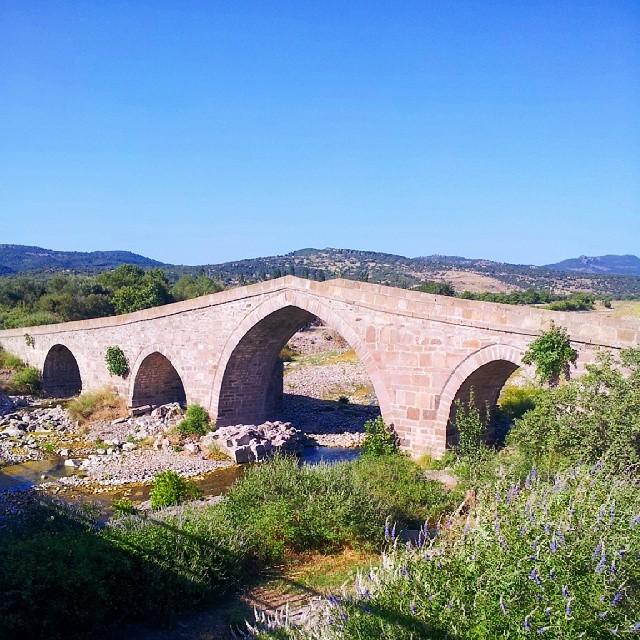 Behramkale Köprüsü