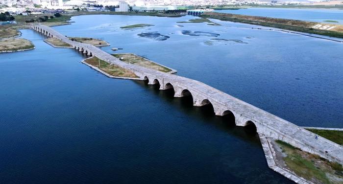 Büyükçekmece Köprüsü